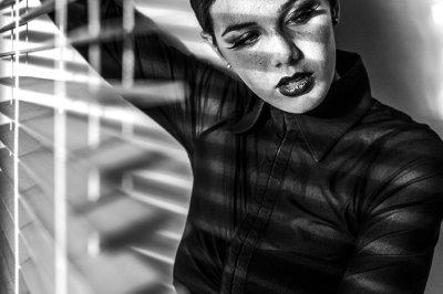 Light | Noir